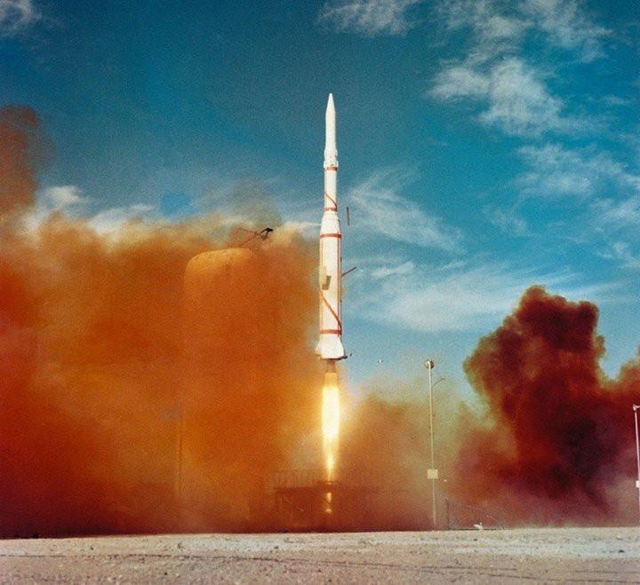 035C000008259098-photo-asterix-le-lancement.jpg