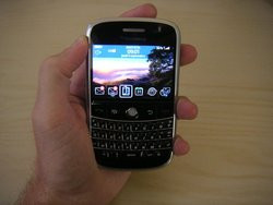 00FA000001584440-photo-blackberry-bold.jpg