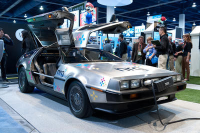 0190000004877198-photo-delorean-dmc-12-electric.jpg