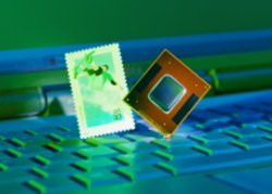 00FA000000046228-photo-intel-mobile.jpg