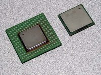 00c8000000047529-photo-pentium-iv-northwood.jpg