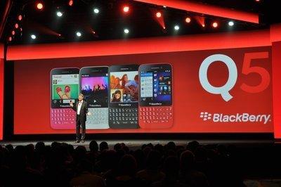 0190000005968030-photo-blackberry-live-annonce-q5.jpg