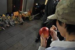 0104000004637140-photo-comm-morations-steve-jobs-apple-store-ginza.jpg