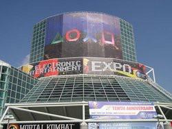00FA000000089123-photo-e3-2004-los-angeles-convention-center.jpg