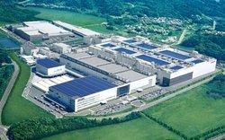 00fa000000561019-photo-japon-usine-lcd.jpg