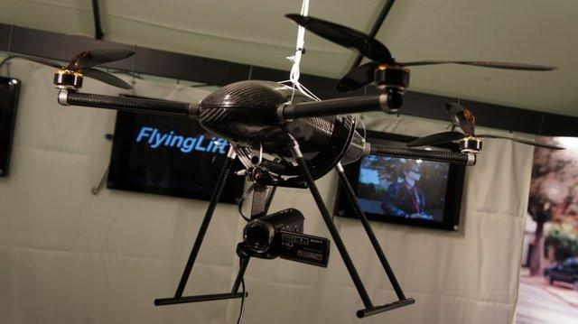 0280000003594670-photo-flyinglift.jpg