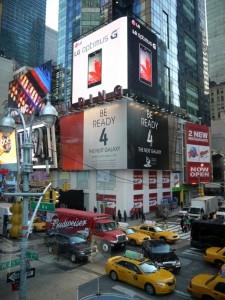 05780274-photo-pub-lg-times-square.jpg