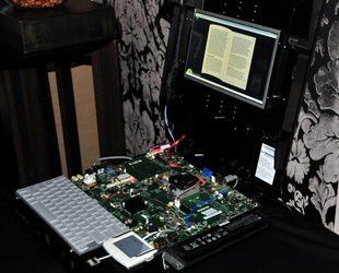 000000FA03544418-photo-amd-fusion-zacate-proto-1.jpg