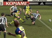 00b4000000094143-photo-pro-evolution-soccer-4.jpg