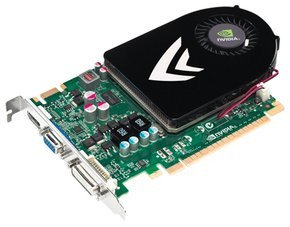 0122000003647238-photo-nvidia-geforce-gt-440-de-trois-quart.jpg