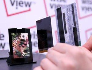 012C000000404153-photo-ecran-samsung-lcd-le-plus-fin-du-monde.jpg