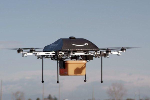 0258000006881230-photo-amazon-bient-t-des-drones-pour-livrer-en-30-minutes-chrono.jpg
