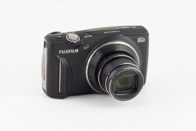 0190000006079540-photo-fujifilm-f900exr.jpg