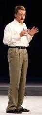 000000EB01552006-photo-intel-idf-2008-pat-gelsinger.jpg