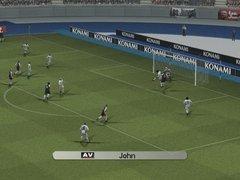 00f0000000202916-photo-pro-evolution-soccer-5.jpg