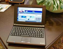 000000C801648764-photo-netbook-hercules-ecaf.jpg