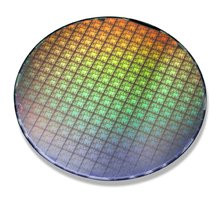 000000C800133968-photo-wafer-nvidia-geforce-7.jpg