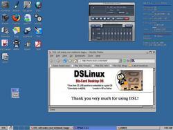 00FA000000316028-photo-damn-small-linux-3-0.jpg