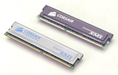 0188000000054777-photo-corsair-ddr-xms.jpg