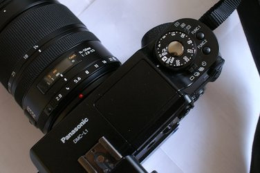 000000FA00357509-photo-panasonic-lumix-dmc-l1-mode-a.jpg