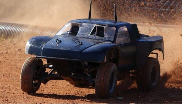 02BC000008454294-photo-voiture-de-rallye-autonome.jpg