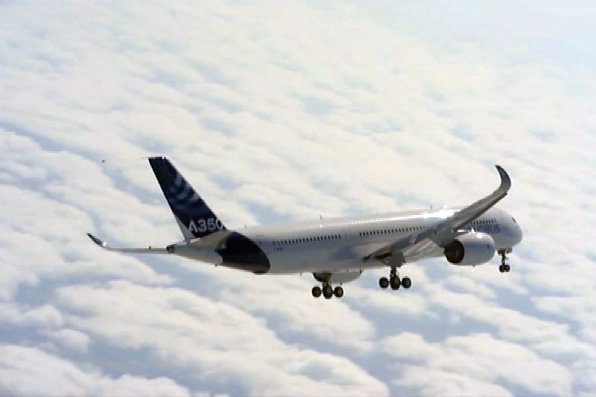 L\'A350, le nouvel avion d\'Airbus, a effectué son premier vol