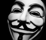 Trois Anonymous jugés pour avoir publié les coordonnées de policiers