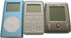 00fa000000110432-photo-apple-ipod-mini-creative-zen-touch-archos-gmini-xs-220.jpg