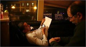 012C000001777894-photo-barack-obama-avec-son-blackberry.jpg
