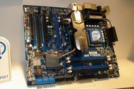 000000B401356032-photo-abit-ip45-max.jpg