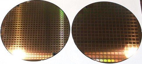 000000F000057131-photo-cebit-wafers-nvidia.jpg