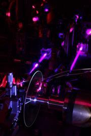 00B4000004455860-photo-prototype-ge-disque-holographique.jpg