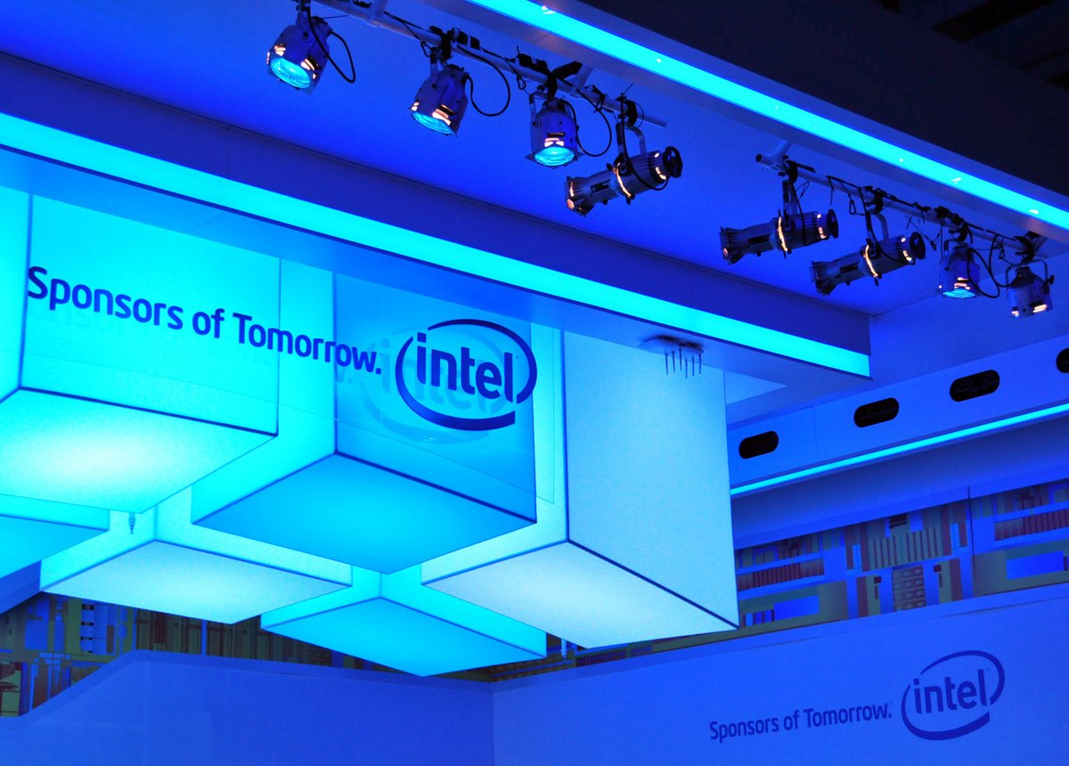 Intel Logo - CES 2011