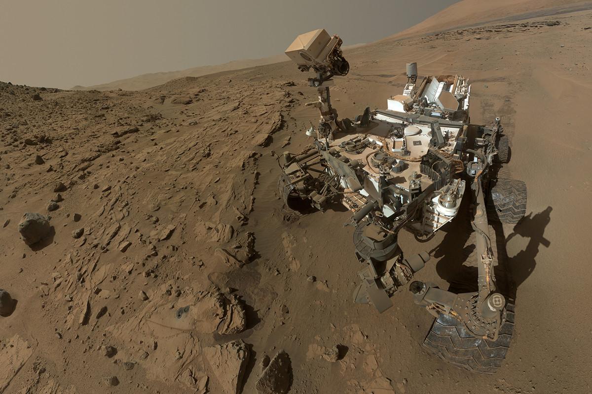 Le selfie d'anniversaire de Curiosity © ASSOCIATED PRESS