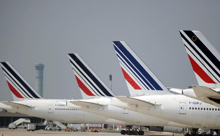 Les avions Air France sur le tarmac de l'aéroport Charles de Gaulle le 24 septembre 2014 à Roissy, au nord de Paris