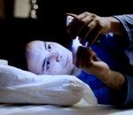 Selon une étude, 1 personne sur 3 consulte son smartphone en pleine nuit