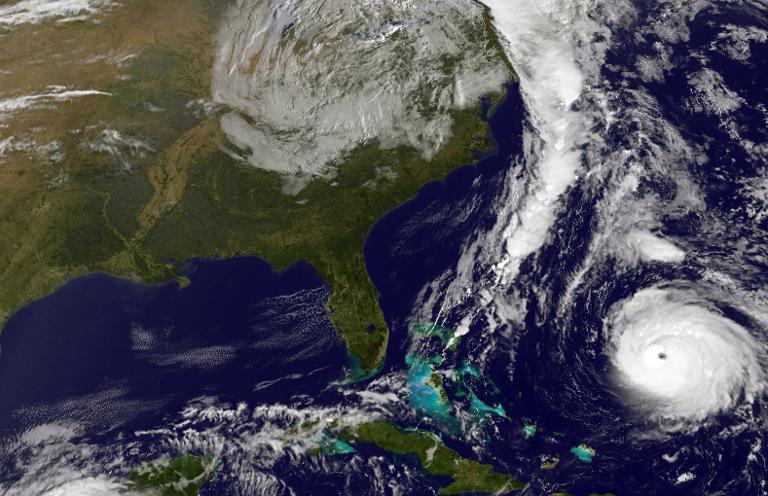 Image satellite de la Nasa, obtenue le 17 octobre 2014, montrant l'ouragan Gonzalo et sa progression dans l'Océan Atlantique