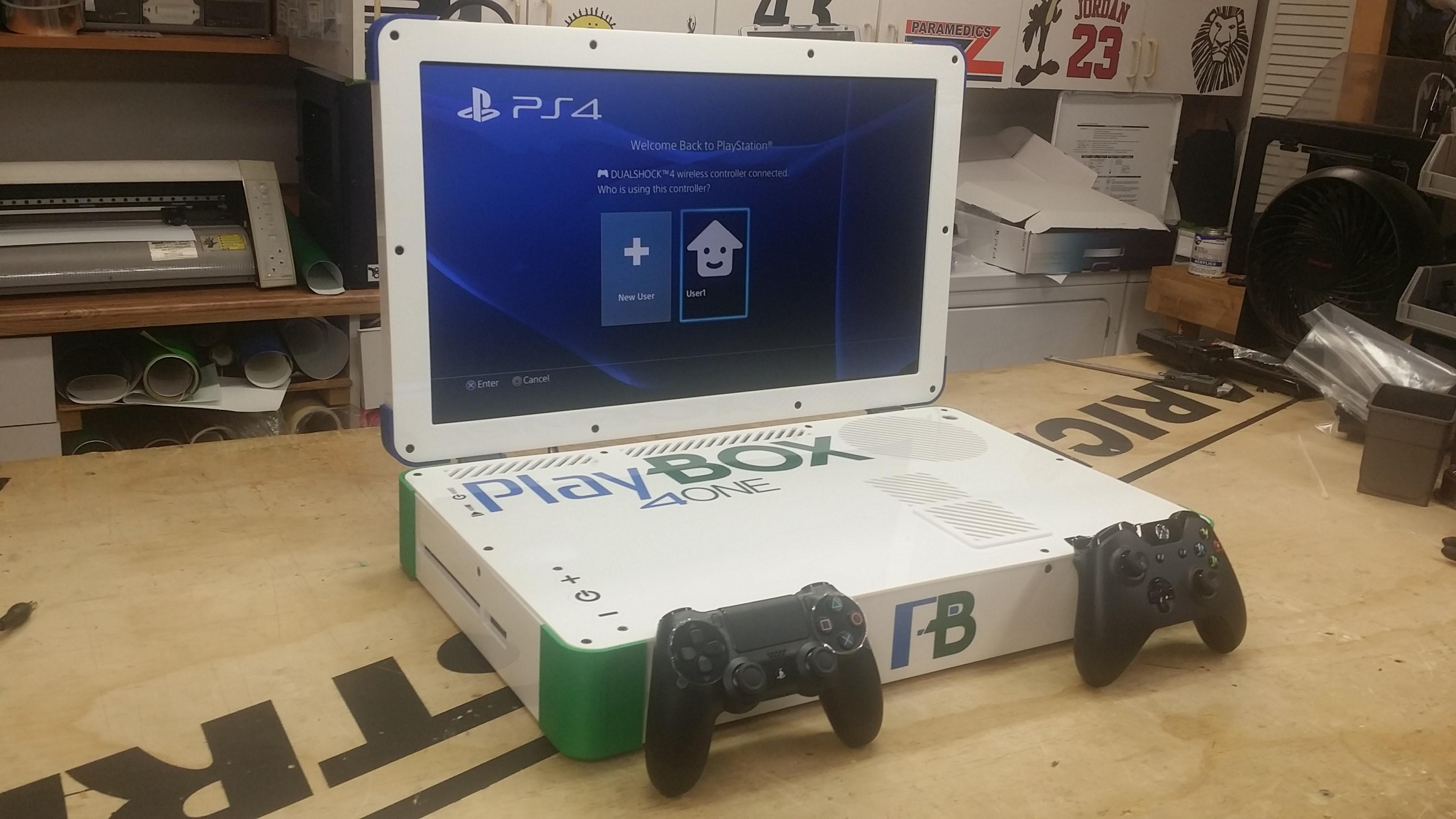 La PlayBox mélange Xbox One et PS4