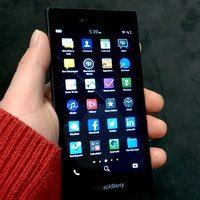 00c8000007932999-photo-blackberry-leap.jpg