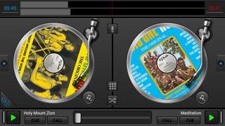 0140000008737588-photo-dj-studio.jpg
