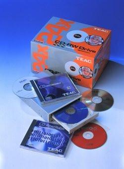 00FA000000050942-photo-teac-cd-w524e.jpg