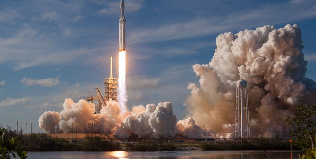 La NASA choisit Falcon Heavy pour envoyer sa sonde Europa Clipper vers l'orbite