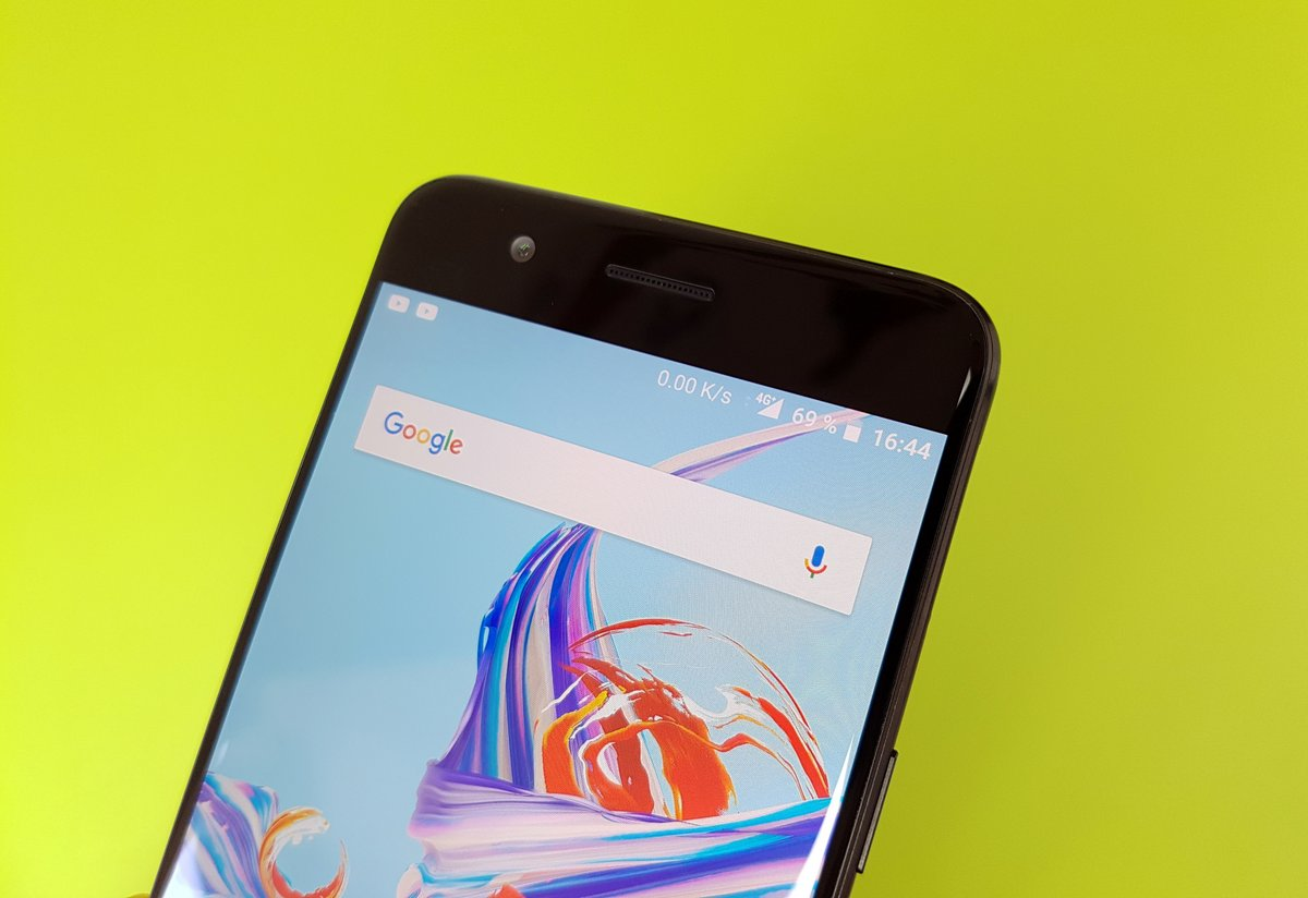 Test OnePlus 5 : haut de l\'écran