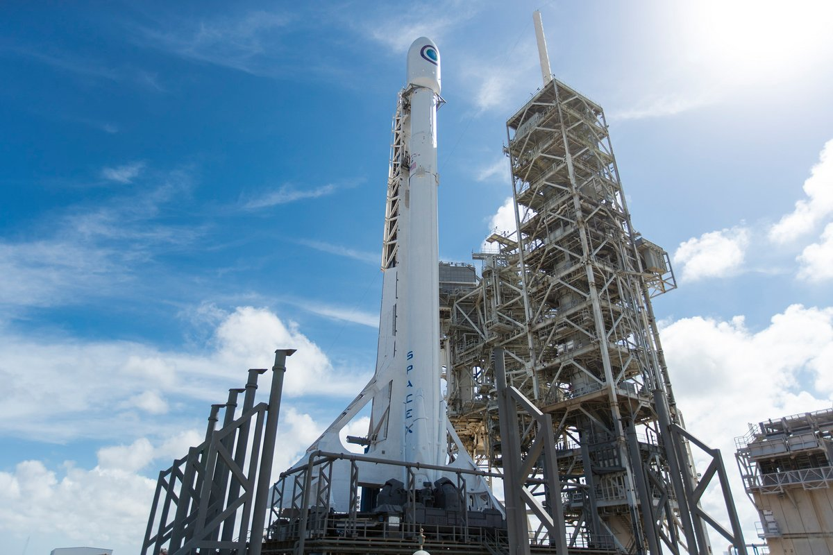 Space X NROL 76 1