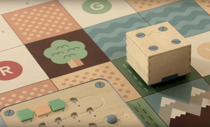 Initier Livres Pour Programmation Enfants Et À JouetsRobots Les La MUzVpS