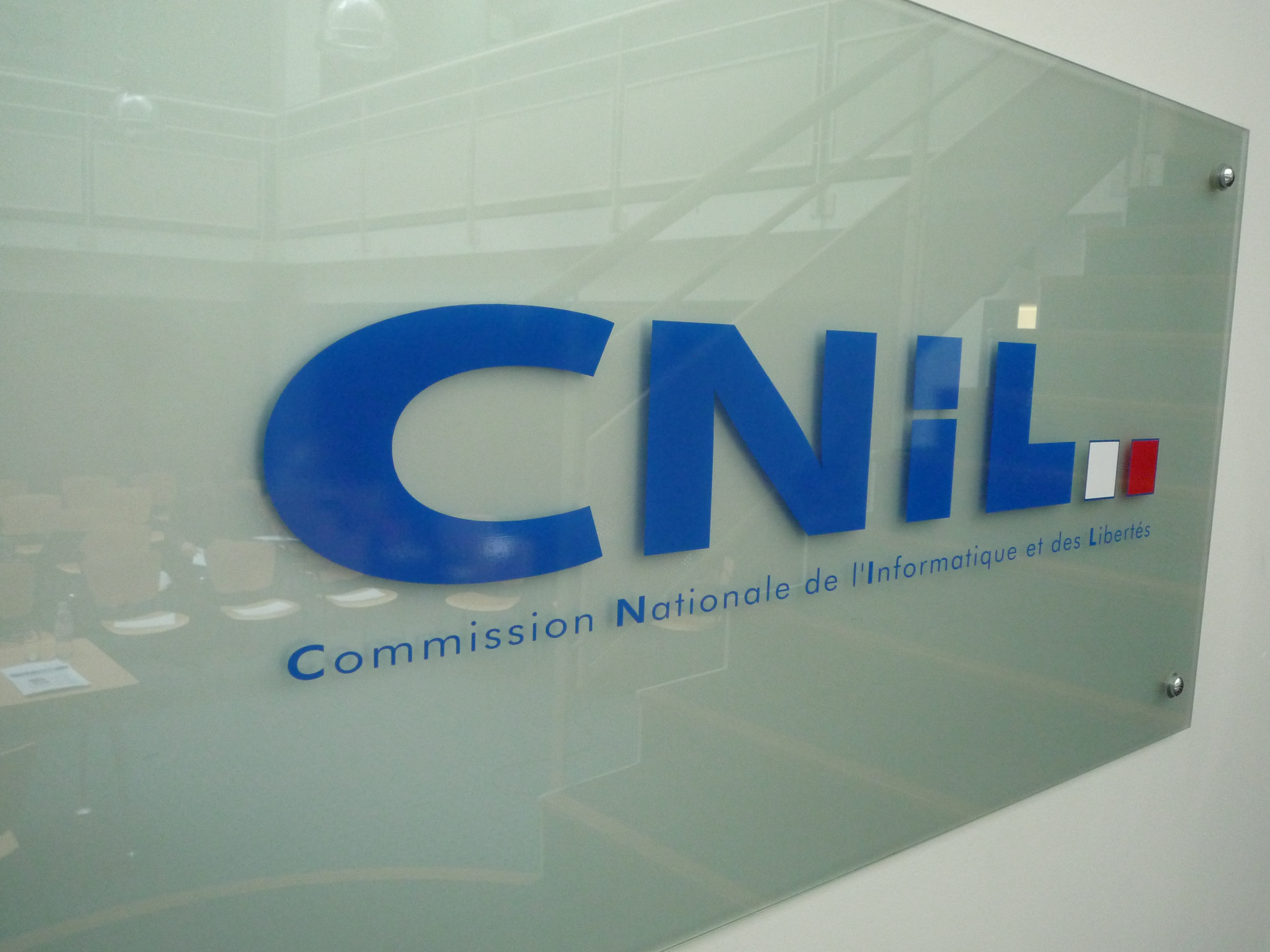 La CNIL publie sa première recommandation concernant les traceurs en ligne