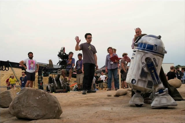 Star wars 7 force awakens jj abrams r2d2