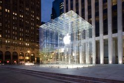00fa000002002022-photo-apple-store-fifth-avenue.jpg