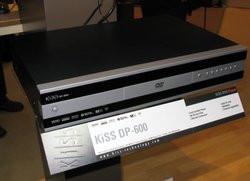 00FA000000081499-photo-kiss-dp-600.jpg