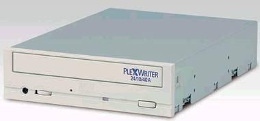 017c000000048885-photo-plextor-24-10-40.jpg